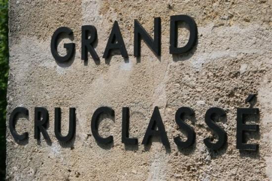 un atelier d'oenologie permet de déguster des grands vins